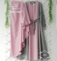Jb SYAFIYA SYARI + KHIMAR AQ001 Cocok sekali buat di pakai sehari hari. Baju ini khusus buat kalian yang pengen tampil modis, keren dan elegant Harga : 133.000 Bahan : moshcrepe plus khimar Ukuran : Allsize fit to L  Informasi dan pemesanan hubungi kami SMS/WA +628129936504 atau www.ummigallery.com  Happy shopping Hijab Dress, Hijab Outfit, Muslim Long Dress, Moslem Fashion, Sewing Blouses, Clothes 2019, Islamic Clothing, Mocca, Modest Outfits