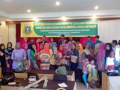 Suasana Penutupan Pelatihan Kerajinan Anyaman Lidi dan Kiray. Kerjasama BBKB dan Disperindag Prov Banten. 27/05/15