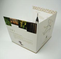 Triptyque, pelliculage velours. #booklet #rabat #flaps
