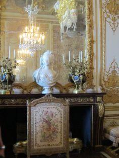 Marie Antoinette Movie Decor | DECORATING by marie antoinette | design musing