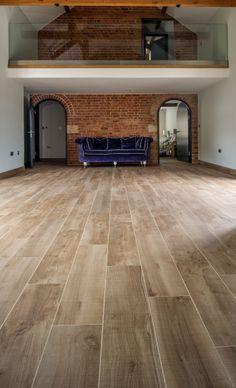 Minoli Tiles - Speculative Development / Stable Conversion, Oxfordshire - Floor Tiles: Marvel Onyx Moon Matt 75 x 75 cm; Etic Noce Strutturato 90 x 22.5 cm - https://www.minoli.co.uk/tiles/etic-noce/
