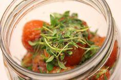 Kärähtäneet: tomaattilisuke