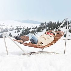 gonna need one of these for sure - The Ultimate Luxury Hammock