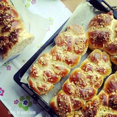 Turkish Easter buns . Surfing the world cuisine