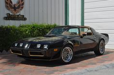 1978 Pontiac Trans Am Pontiac Trans Am 1977, 1979 Trans Am, Pontiac Firebird Trans Am, Old Muscle Cars, Best Muscle Cars, American Muscle Cars, Bandit Trans Am, Smokey And The Bandit, Amazing Cars