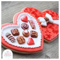 Galletas Cookies, Cute Cookies, Cupcake Cookies, Sugar Cookies, Cookies Et Biscuits, Owl Cookies, Royal Icing Templates, Royal Icing Transfers, Cookie Delivery