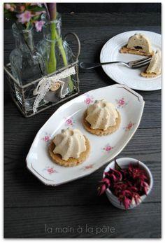 dôme de foie gras au poivre noir, gelée de porto et biscuit à la figue