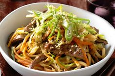 Have dinner on the table in no time with this tasty beef noodle stir fry.