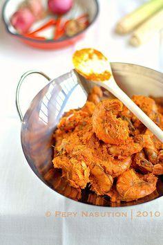 Sambal Serai Udang Recipe (Prawns Lemongrass Sambal)  By  Indonesia Eats  – May 13, 2010