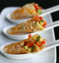 Parmesan cones with Avocado and Red Pepper - Source http://pinterest.com/pin/232568768229716854/