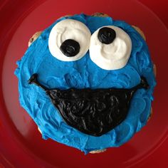 Cookie Monster Smash Cake Baby 1st Birthday, First Birthday Parties, First Birthdays, Monster Smash Cakes, Cake Smash, Birthday Photos, Birthday Ideas, Cookie Monster Party, Sesame Street Birthday