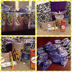 62 best Cheer Goodie Bags images Cute Cheerleading Gifts, Cheer Gifts, Cheer Treats, Cheer Camp, Good Cheer, Craft Bags, Goodie Bags, Goodies, Gift Wrapping