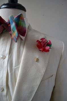 pink floral lapel flower