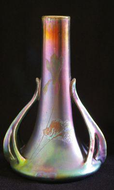 Important (27 cm !) vase irisé de Delphin Massier, art nouveau / 1900