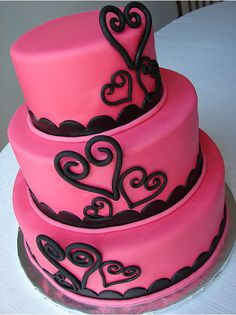 Lovey dovey pretty Valentine's Day, Birthday or Wedding Shower/Bachelorette Party cake. Hot pink and black.粉色和黑色的精致搭配