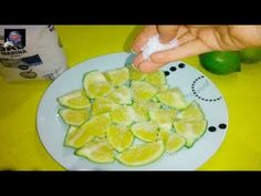 Put a lemon with salt on a plate, and watch what happens ! Healthy Diet Meal Plan, Diet Meal Plans, Diet Recipes, Healthy Recipes, Diet Meals, Healthy Foods, Flat Belly Diet, For Your Health, Fruits And Vegetables