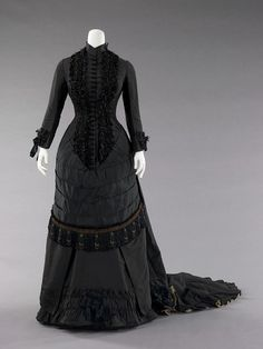 1880, Spain Dinner dress (mourning) Silk and metal MET Museum