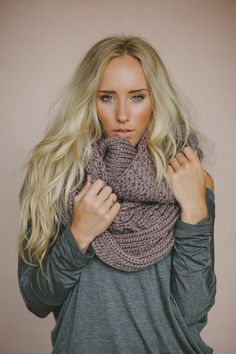 Knitted Scarf Cognac Chunky Knit Winter Infinity von ThreeBirdNest