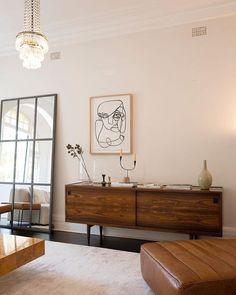 50 Good Mid Century Living Room Decor Ideas - Home Decor Ideas Decoration Design, Decor Interior Design, Interior Decorating, Formal Living Rooms, Living Spaces, Home Decor Bedroom, Living Room Decor, Men Bedroom, Bedroom Black