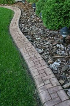 Samples of Landscape Curbing and Edging - Cutting Edge Curbs - landscaping Landscape Curbing, Lawn And Landscape, Landscape Edging, Lawn Edging, Garden Edging, Lawn And Garden, Boarders For Flower Beds, Front Yard Landscaping, Landscaping Ideas