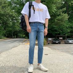 Blue Jeans Outfit Men, Korean Fashion Men, Stylish Mens Outfits, Looks Style, Mens Clothing Styles, Streetwear Fashion, Fashion Outfits, Summer, Inspiration