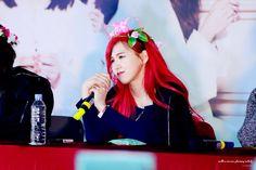 Her red hair was so pretty! South Korean Girls, Korean Girl Groups, Wendy Red Velvet, Seulgi, Red Hair, Celebs, Pretty, Instagram, Wendy Rv