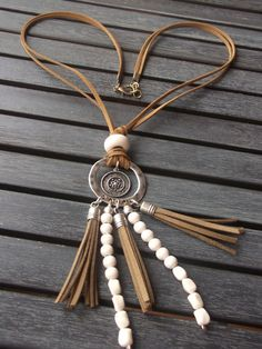 Items similar to Cacique Pendant on Etsy - Schmuck Tassel Jewelry, Wire Jewelry, Jewelry Crafts, Beaded Jewelry, Jewelery, Jewelry Necklaces, Bracelets, Leather Necklace, Diy Necklace