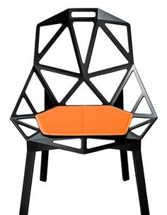 Design Crush of the Day: Amazing graphic chair !!! -pinned by @Delphine San | Erika Firm Le-Fur d'Intérieur