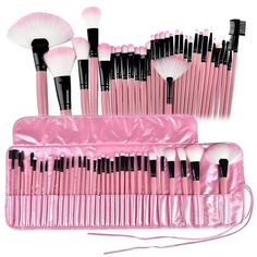 This Professional Brush Set is ideal for any makeup artist at heart, at home or on the go. *Perfect for traveling or for your busy, fast-paced lifestyle. It is one of the most popular Makeup Brush Set