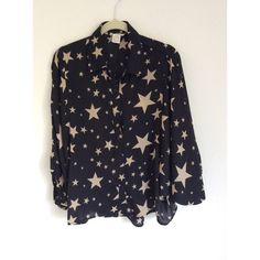 Star print top Beautiful like new, bat wing sleeves. Button down, lightweight. 100% polyester beautiful detail on back. Sans Souci Tops Blouses