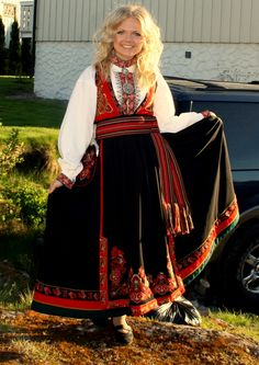 Folklore, Norway, Roots, Ethnic, Saree, Costumes, My Style, How To Wear, Clothes