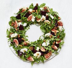 The wreath is a classic Christmas decoration, frequently hung on doors - but the shape also makes a party platter to impress. Food stylist Suzannah Butcher suggests recipes for delicious wreaths. Christmas Buffet, Christmas Party Food, Christmas Lunch, Xmas Food, Christmas Cooking, Christmas Wreaths, Christmas Canapes, Christmas Cheese, Christmas Dinners