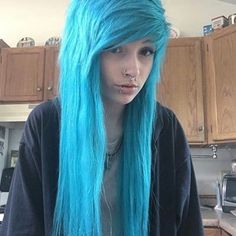 """:Sarah Fowler: """"Hey, I'm Sarah, I am 17 and single, I am bisexual. I cut and I have anorexia. My brother is Oli, he is trans. Emo Scene Hair, Emo Hair, Cute Scene Girls, Scene Kids, Hairstyles With Bangs, Cool Hairstyles, Scene Hairstyles, Green Hair, Blue Hair"""