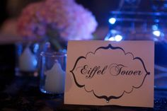 Table name cards Paris theme
