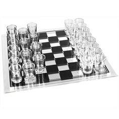 Juega de una manera mas divertida el ajedrez con este set de ajedrez de shots.