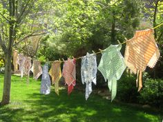APRONS AND CLOTHESLINES ROCK