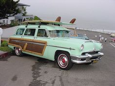The wagon of my dreams! Seafoam green Woody :)
