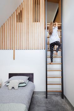 Local Australian Architecture Coppin St Apartments Created By Musk Architecture Studio 23 Mezzanine Design, Mezzanine Bedroom, Staircase Design, Modern Staircase, Modern Kids Bedroom, Home Decor Bedroom, Loft Railing, Bohemian Living Rooms, Secret Rooms