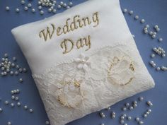 WEDDING DAY  BRIDAL SATIN & LACE WEDDING RING CUSHION PILLOW NEW POCKET SIZE