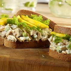 Miami Chicken Salad Sandwiches - You'll never find a chicken salad sandwich this good in a deli.the chicken is flavored with crunchy almonds, jicama, and tarragon, and served on whole grain bread with sliced mango. Now that's a sandwich! Lunch Recipes, Great Recipes, Cooking Recipes, Healthy Recipes, Lunch Meals, Easy Cooking, Easy Recipes, Dinner Recipes, Easy Meals