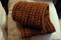 Le snood Montana pour homme est un cadeau facile à tricoter et qui fera plaisir à offrir. Il peut également être tricoté pour femmes.