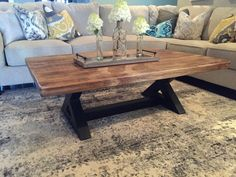 Looking to add some pizazz to your living room without spending a fortune. There are so many diy coffee table Coffee Table Base, Coffee Table Rectangle, Unique Coffee Table, Coffee And End Tables, Contemporary Coffee Table, Rustic Coffee Tables, Coffee Table Design, Home Design, Design Ideas