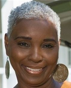 Older Black Women Short Hair Google Search Haircareroutineblackwomen Natural Hair Styles Grey Curly Hair Natural Gray Hair