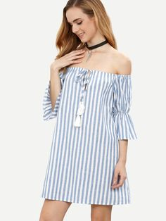 ¡Cómpralo ya!. Blue Striped Tassel Tie Front Off The Shoulder Dress. Multicolor Beach Cotton Off the Shoulder Half Sleeve Shift Short Fringe Striped Fabric has no stretch Summer Tunic Dresses. , vestidoinformal, casual, informales, informal, day, kleidcasual, vestidoinformal, robeinformelle, vestitoinformale, día. Vestido informal  de mujer color azul marino de SheIn.