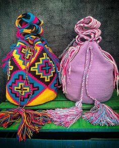 "39 Likes, 6 Comments - La Nostra Artesanal (@lanostraartesanal) on Instagram: ""Wayuu Bags 1Hebra 💘💘💘 - Handmade - Original Wayuu @lanostraartesanal"""