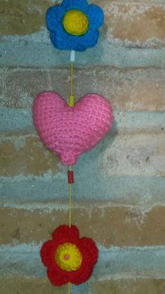 Detalle de flores y corazón-