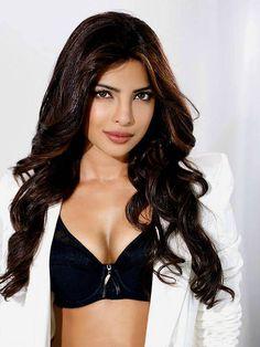 Priyanka Chopra New Sexy Photos Gallery Ever (12)