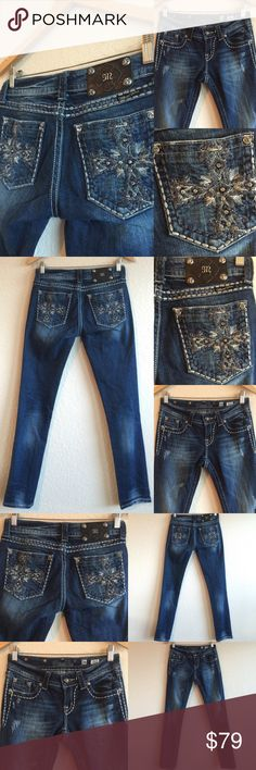 Miss Me Jeans 💗 Cross Rhinestone Bling Skinny 26 Size 26 x 32.5 MISS ME jeans!  In excellent condition!  Original price is an estimation.  BUNDLE TO SAVE!  💗💗💗 (A1X202216PC) Miss Me Jeans Skinny
