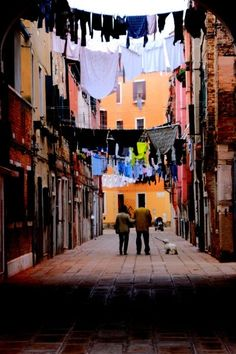 Alley in Venice Dead Ends, Places In Italy, Roman Empire, Venetian, Venice, Times Square, Fair Grounds, Spaces, Photography