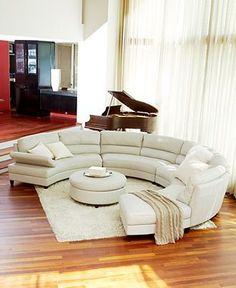 Bonjour à tous !  Le canapé est l'une des pièces les plus importantes du salon. Moderne, d'angle ou coloré, il faut le choisir avec le plus grand soin.  Pour faire preuve d'originalité, optez pour le canapé rond!   …